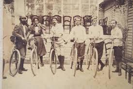 Départ des 1ères 24 h cycliste de Tavigny (1890) :-)